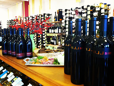 Hillinger wine shop